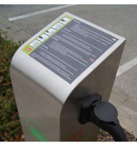 agt-public-easy-elektromos-auto-toltooszlop_3